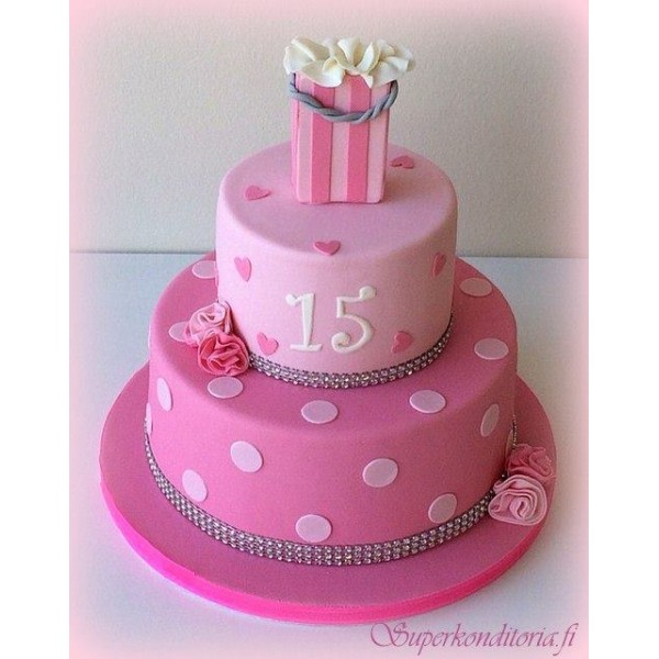Kakku 15 vuotiaalle