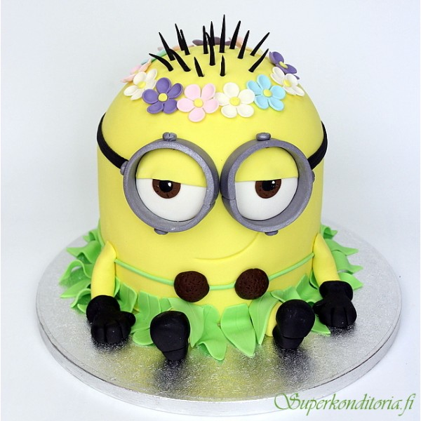 Minion hawaiian party kakku