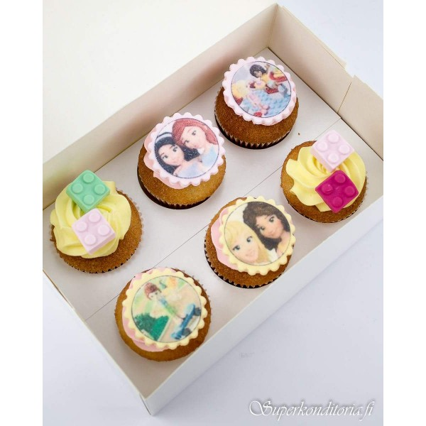 Lego Friends cupcakes